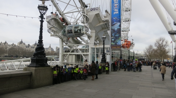 Children queuing for London Eye 2.13