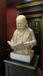 Bust of reader, Russell-Cotes museum
