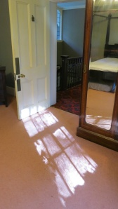Max Gate, Reflection on bedroom carpet