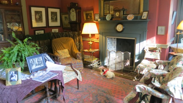 Max Gate sitting room