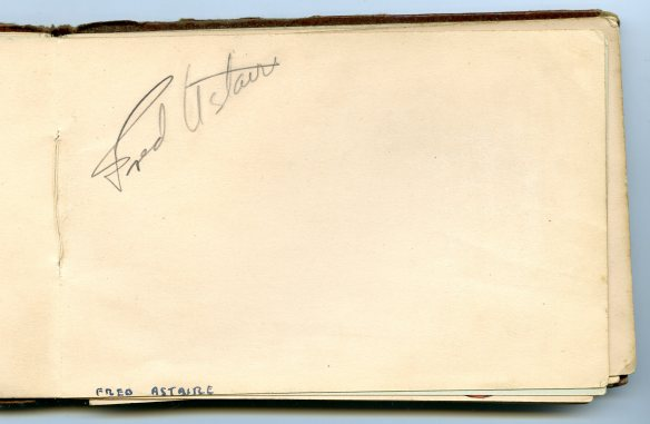 Fred Astaire autograph 1933