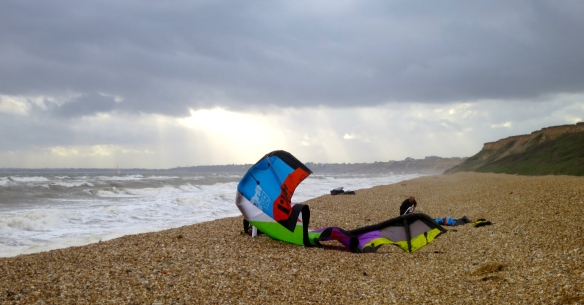 Kite surfers setting up