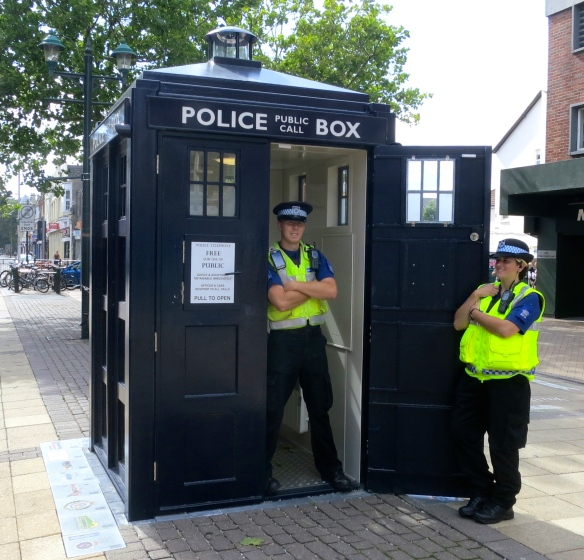 Boscombe police box and Community Support Officers