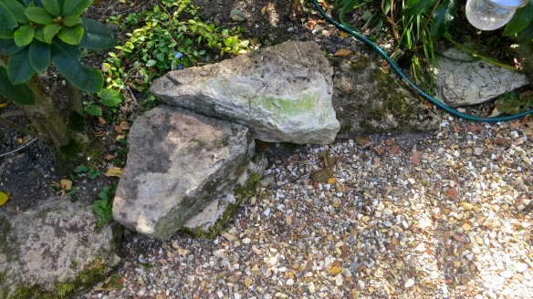 Edging stones