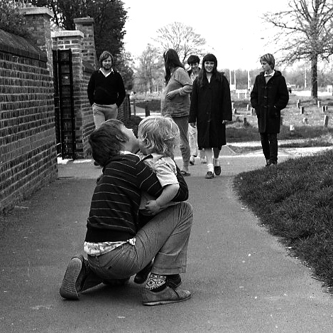 Matthew & Sam, Maurice, Jessica, Beverley, Becky 1982