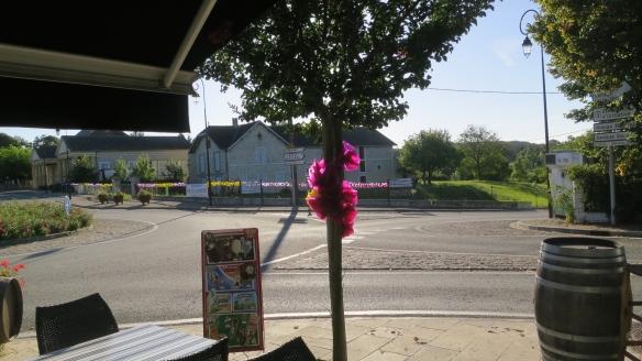 Le Code Bar Roundabout