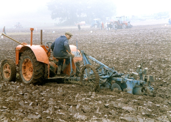 Ploughing contest 26.9.92 012