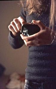Jessica hands and purse 5.75