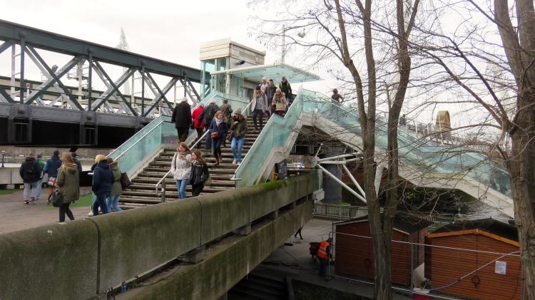 Golden Jubilee Bridge steps