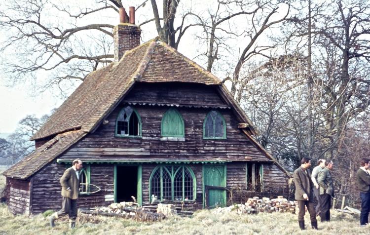 Deserted house 3.68