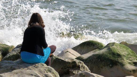 Flo on rocks 1
