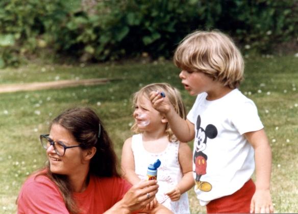 Jessica, Louisa, Sam 1985