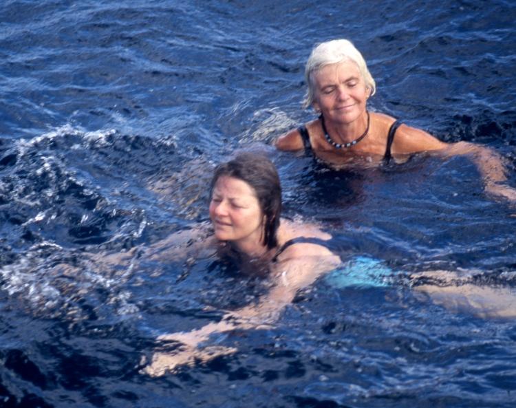 Jessica and Diana 4.04