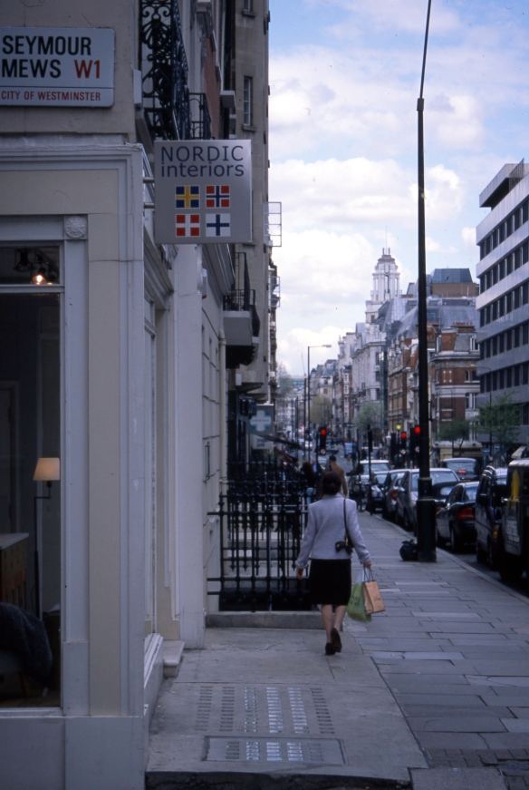 Streets of London 4.04073
