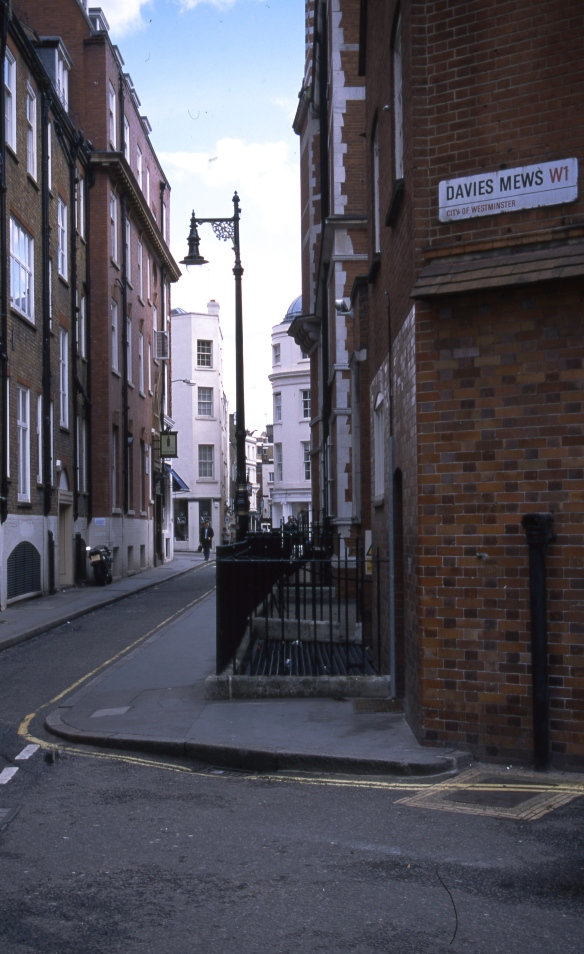 Streets of London 4.04076