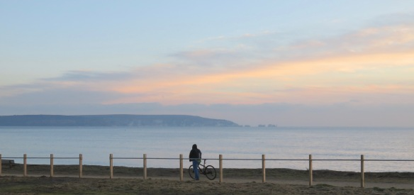 Isle of Wight, Needles, cyclist