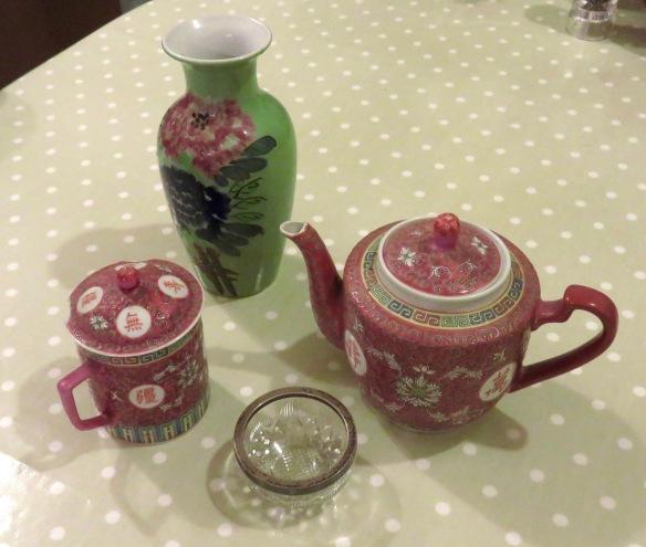 Vase, teapot, mug, dish
