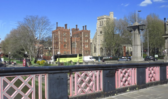 Lambeth Palace from 507 bus