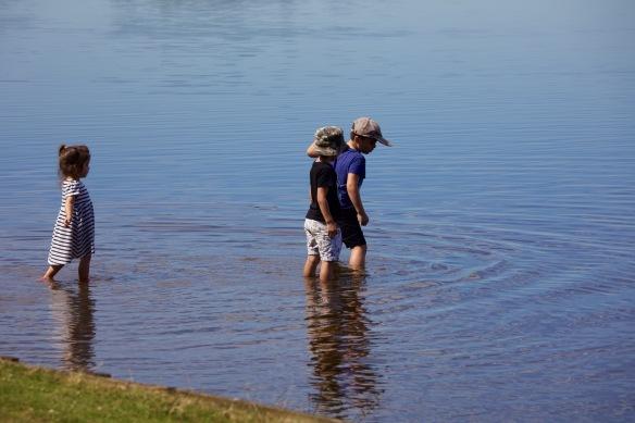 Brothers and sister paddling 1