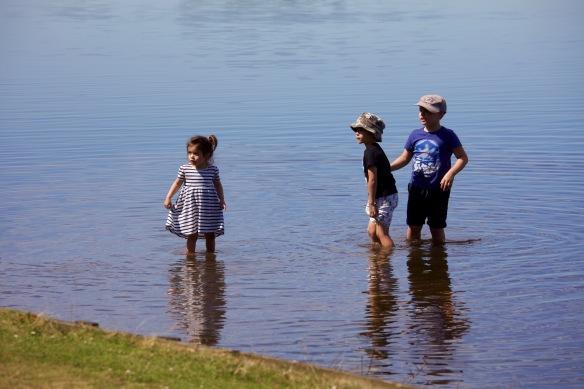 Boys and sister paddling 2