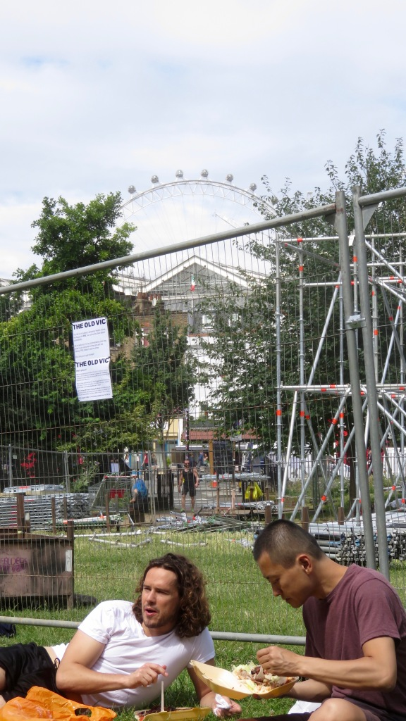 Scaffolding and London Eye 1
