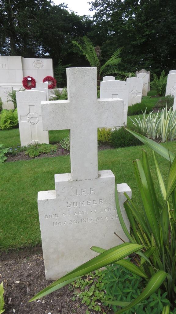 Sumeer gravestone