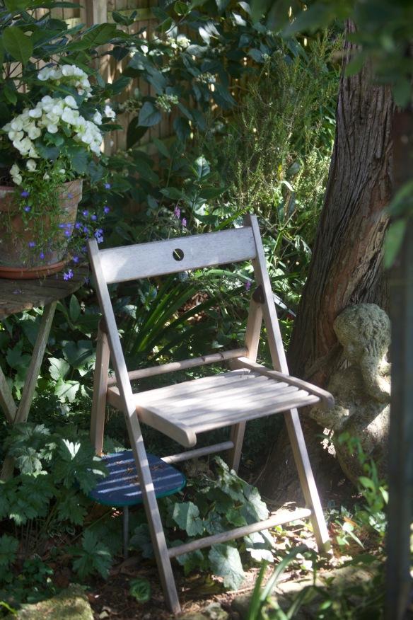 Garden Seats 16