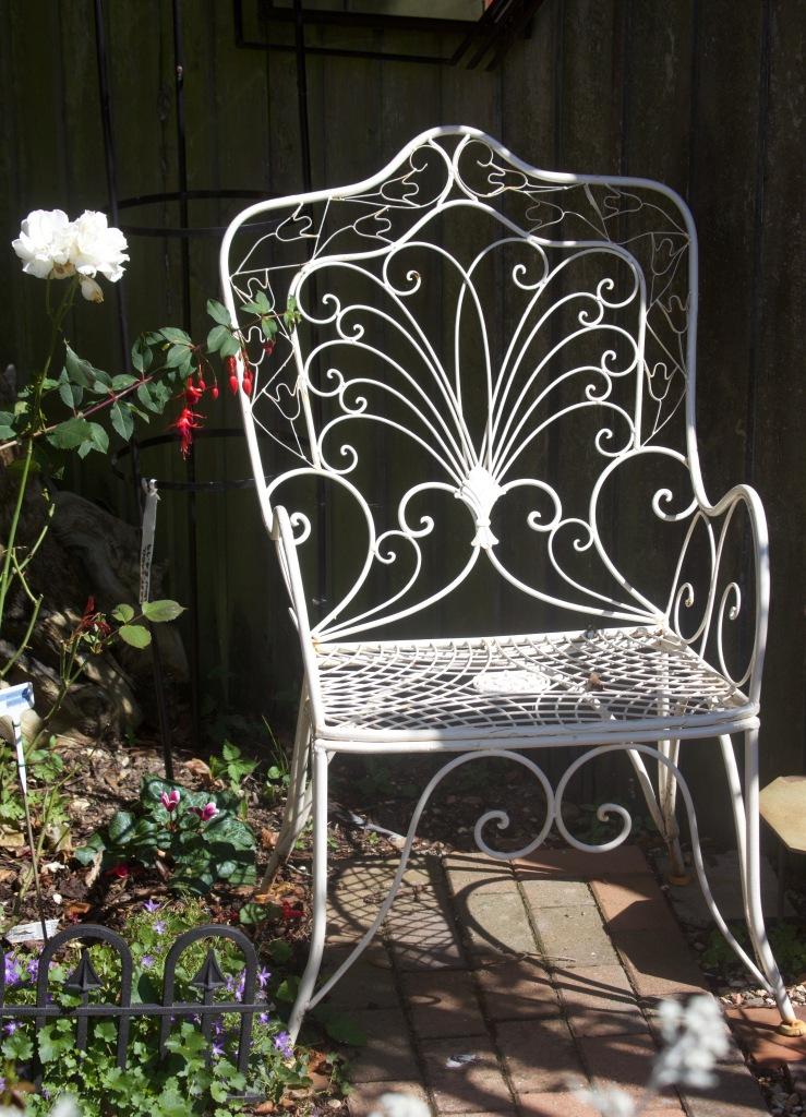 Garden Seats 8