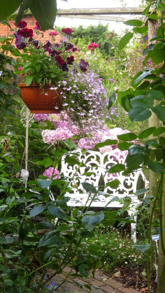 Rose Garden bench corner