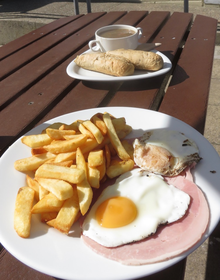 Ham, egg, and chips