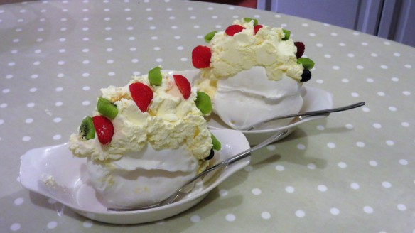 Meringue confections