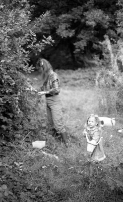 Jessica and Louisa blackberrying 1985
