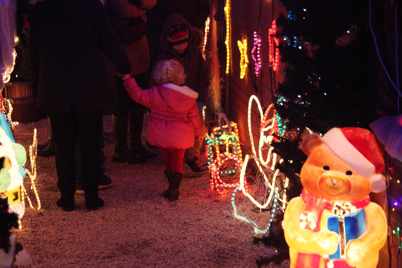 Child at Christmas lights 1