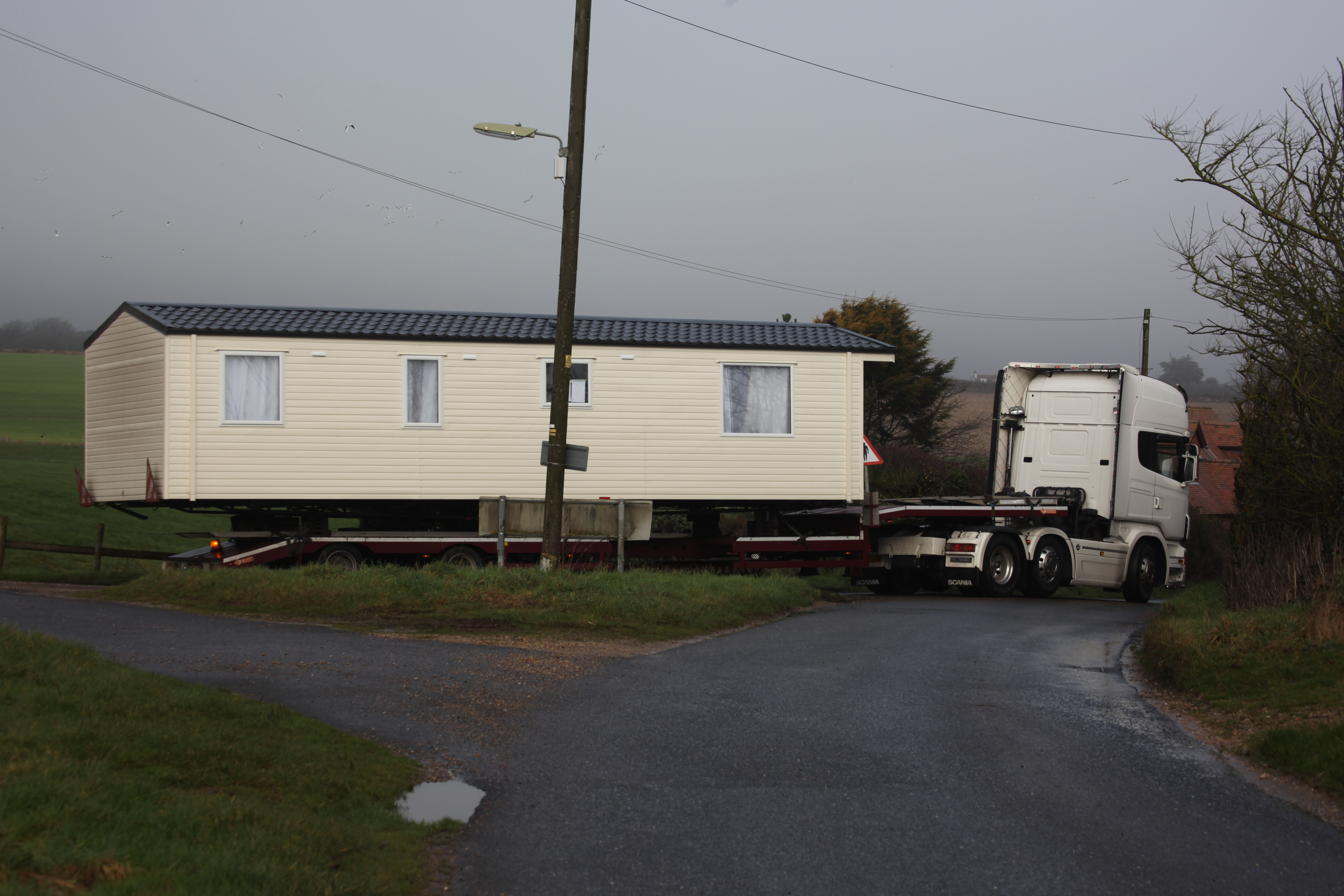 Mobile Home delivery 1