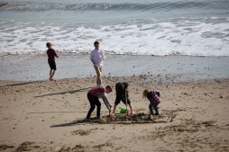 Children on beach 4