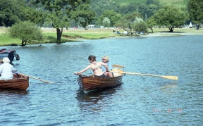 Jessica and Ali on boating lake 18.8.92