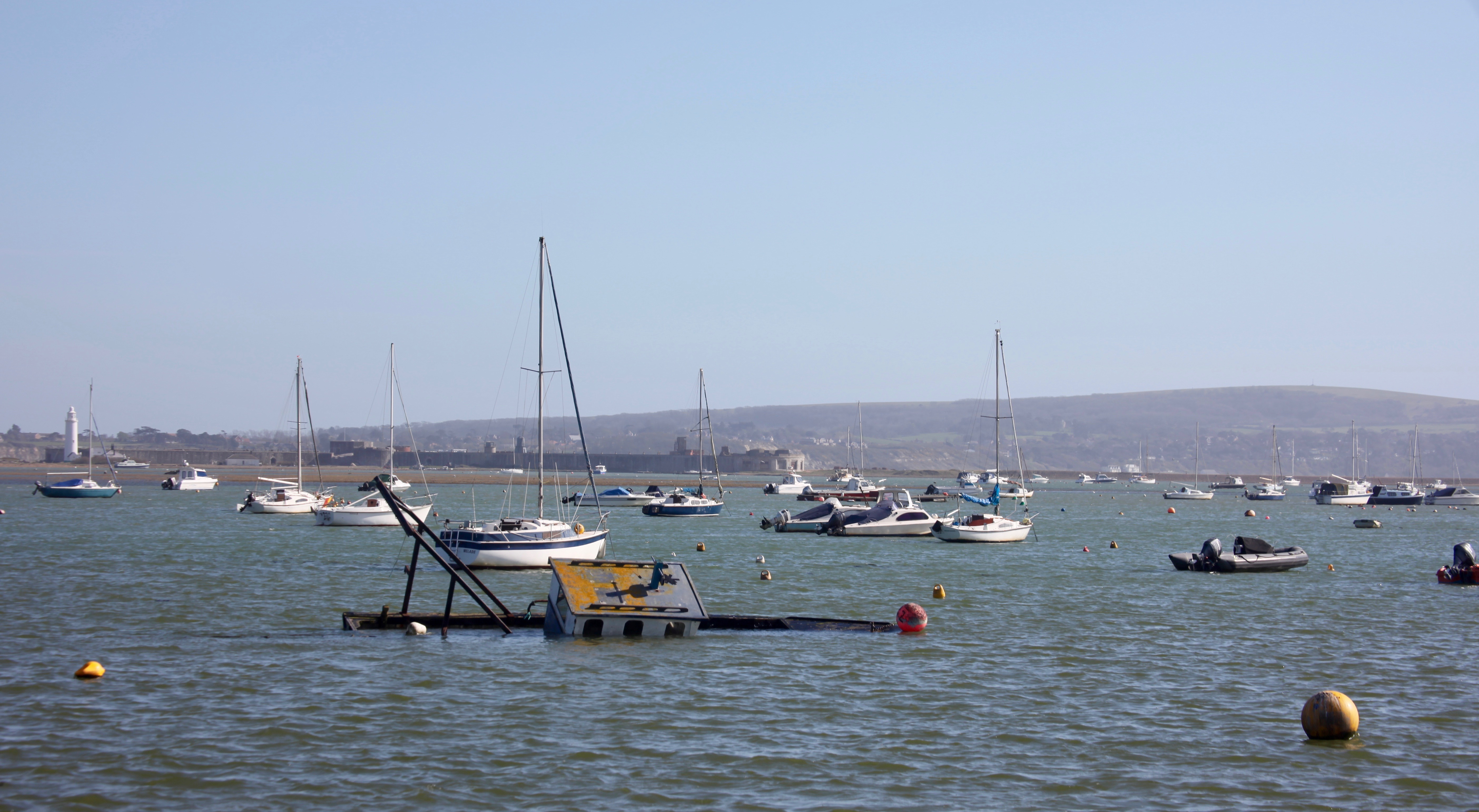 Boats and Hurst lighthouse 1