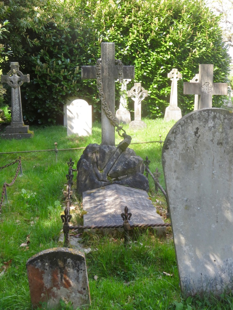 Admiral Sartorius's grave 1