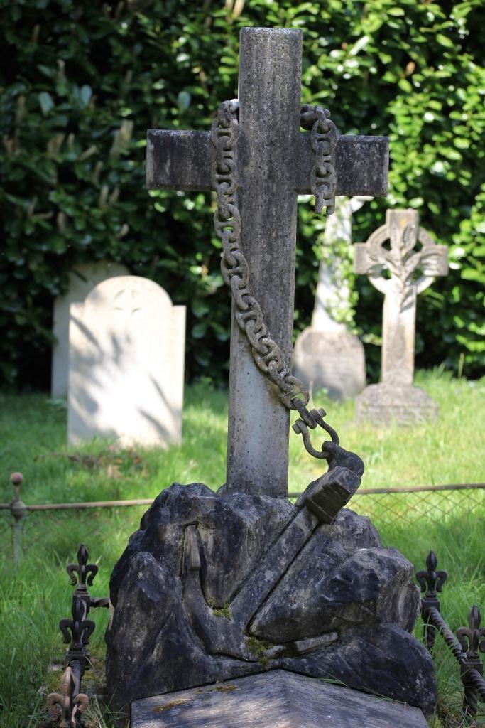 Admiral Sartorius's grave 2