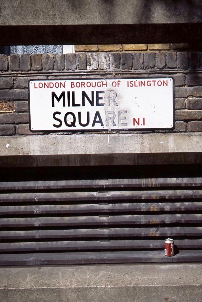 Milner Square N1 9.04