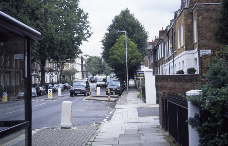 Ripplevale Grove/Hemingford Road 9.04