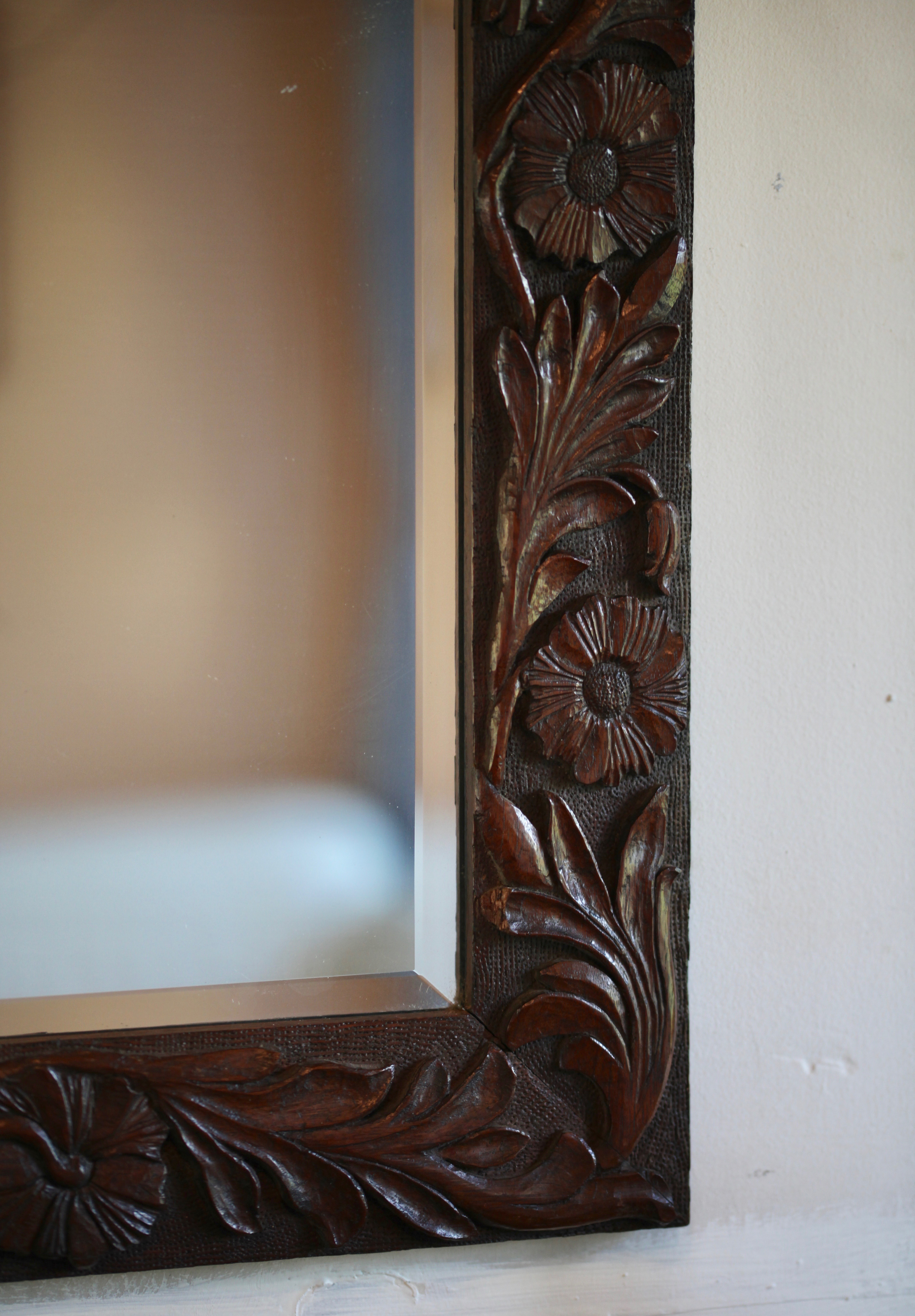 Carving on mirror 3