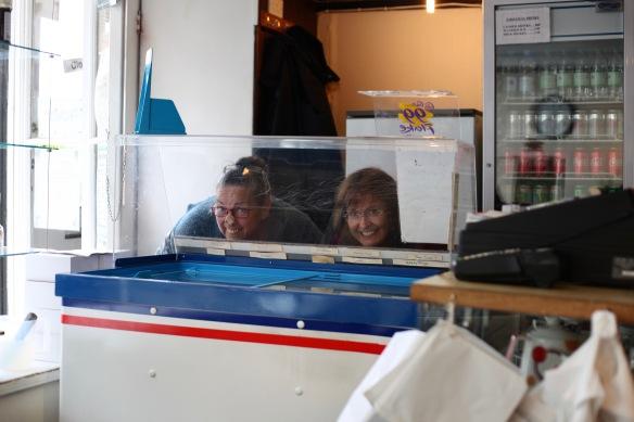 Jackie and Elizabeth choosing ice cream