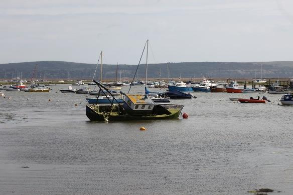 Wreck in harbour
