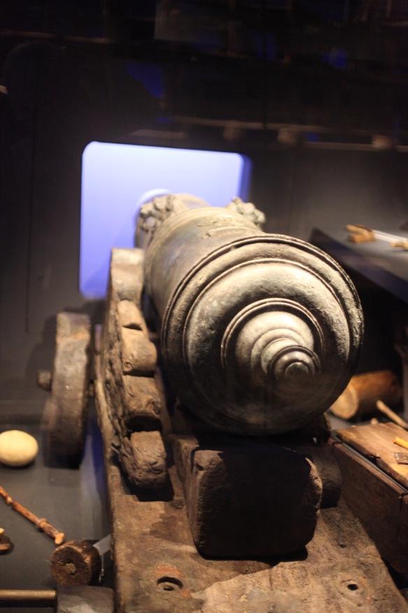Cannon 1