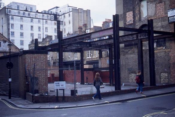 Ham Yard W1 9.04