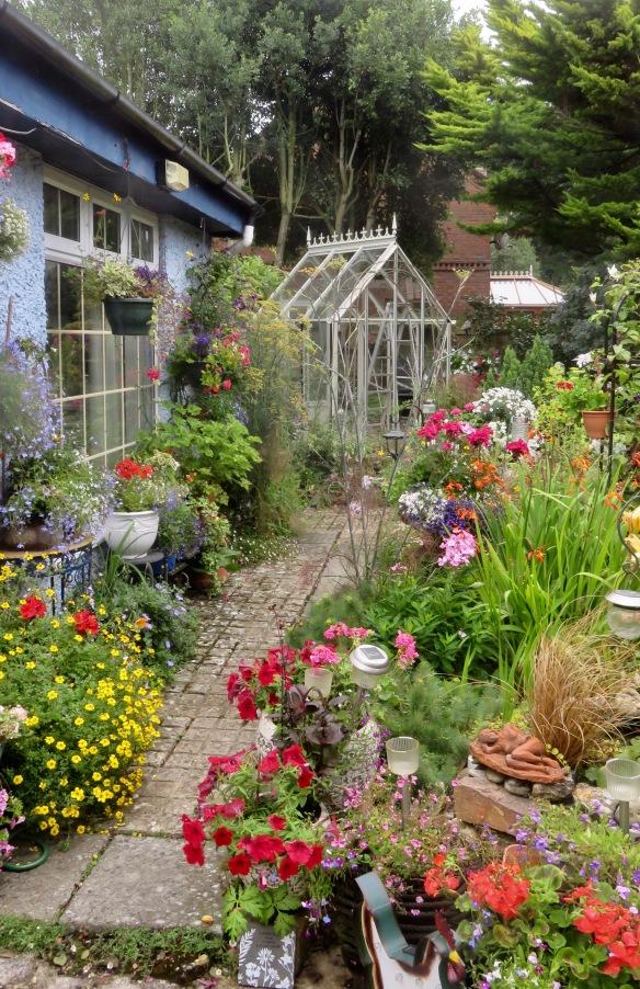 Greenhouse installation 6