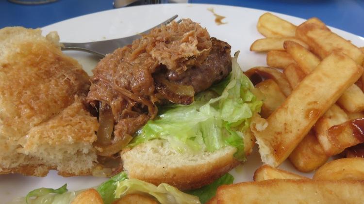 Pulled pork burger 2
