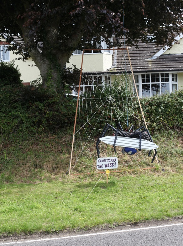 Bisterne Scarecrow Festival 32