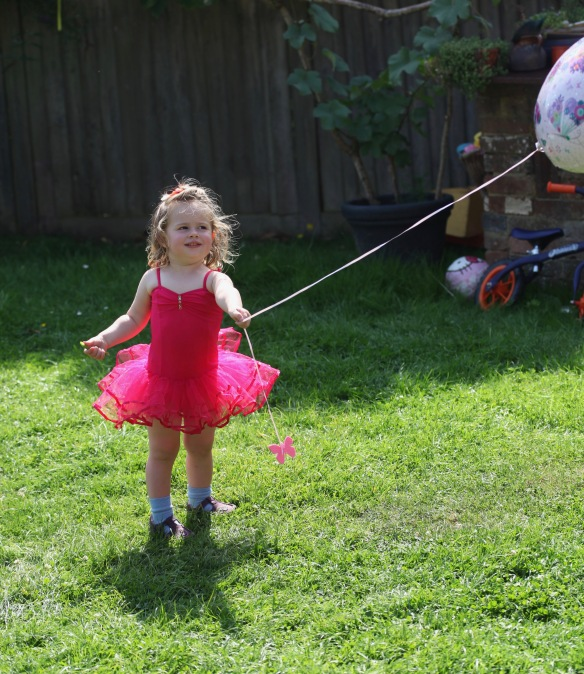 Poppy with balloon 2
